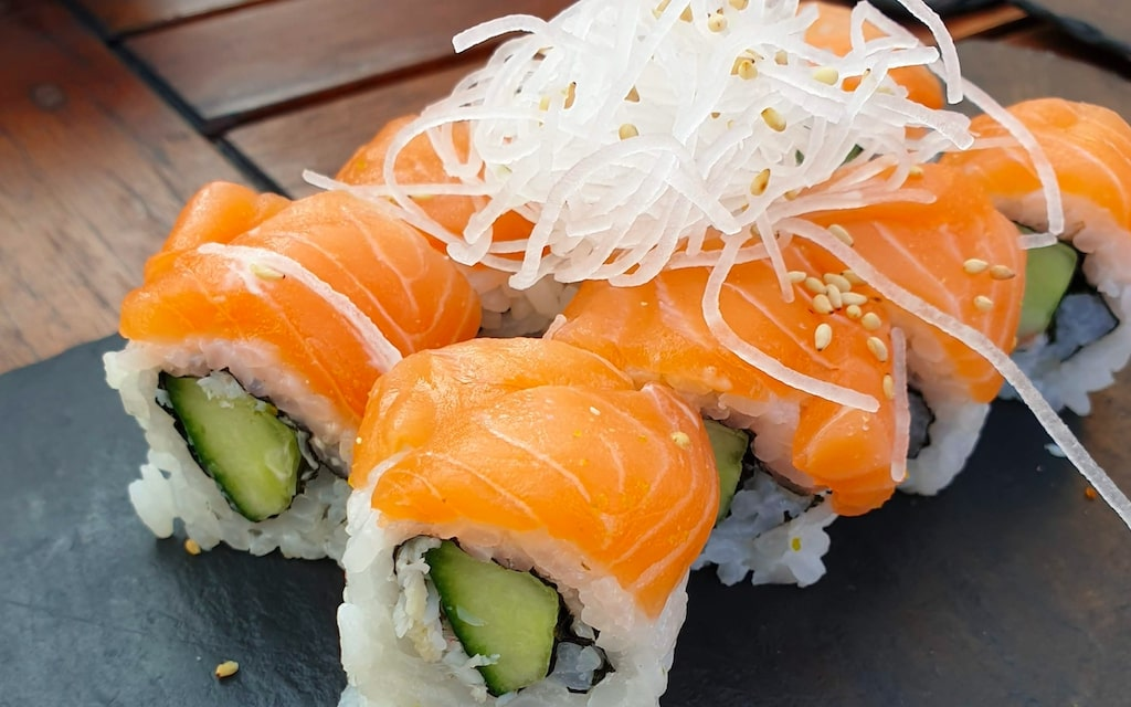 sumi. | trendy Space & Mouth-watering Japanese Food