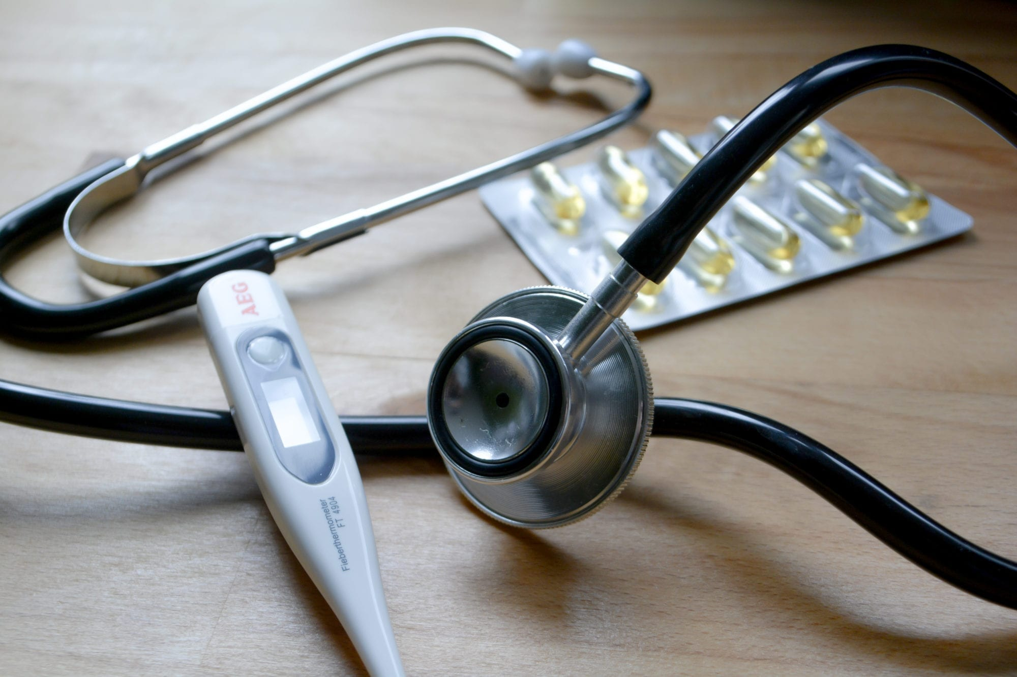 The Health Insurance Choice: Public or Private?