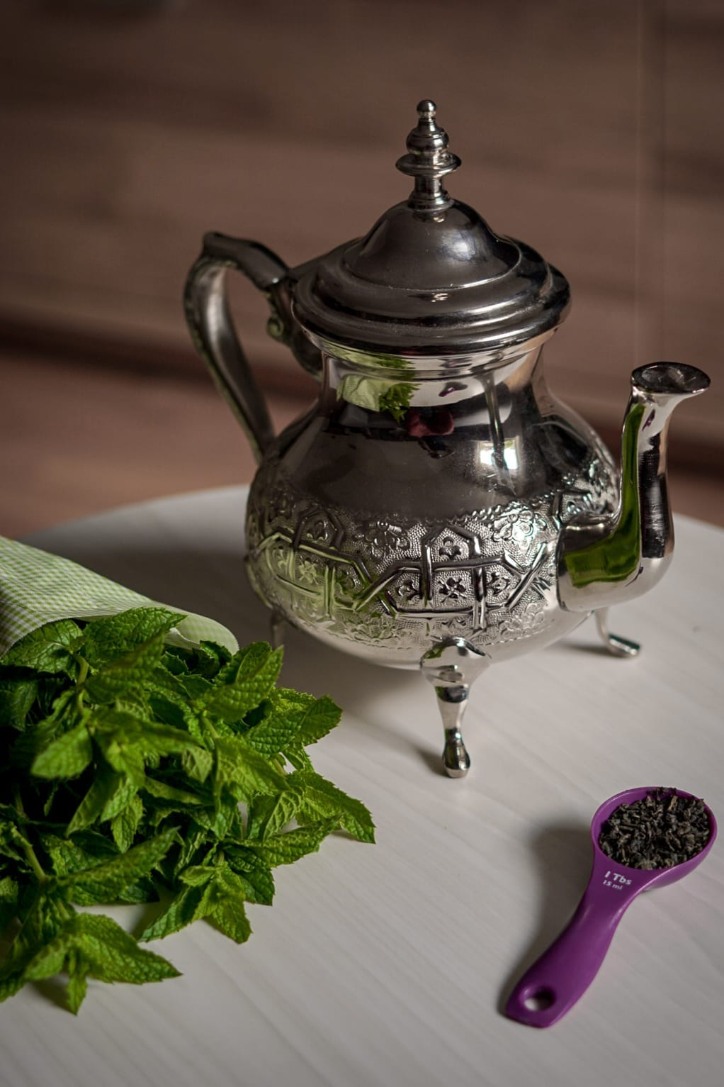 Moroccan teapot and Mint